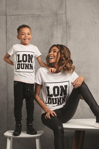 Marks-and-Spencer-Jourdan-Dunn-Kidswear-Collection-LonDunn-Vogue-9Feb16_b_320x480